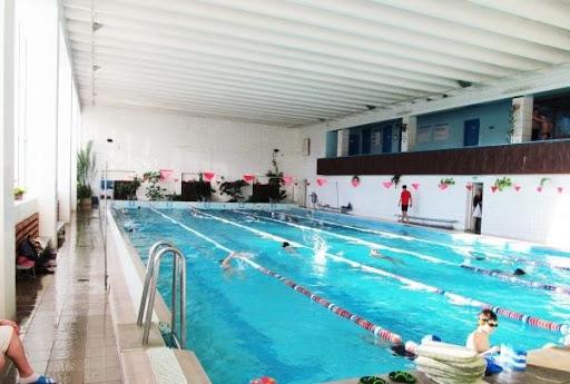 Бассейн Минска Орленок - тренер по плаванию для детей и взрослых